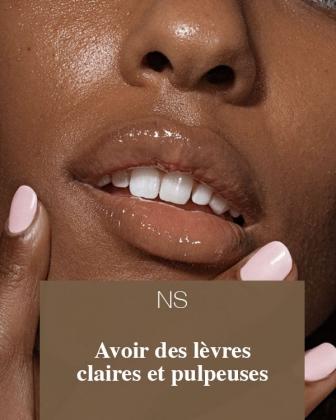 Avoir Des Lèvres Claires Et Pulpeuses.